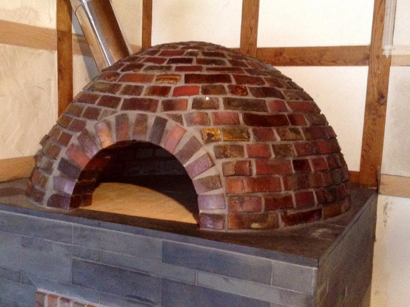 Inteligentny Piece chlebowe opalane drewnem do pieczenia chleba - Kominki Deluxe SO93